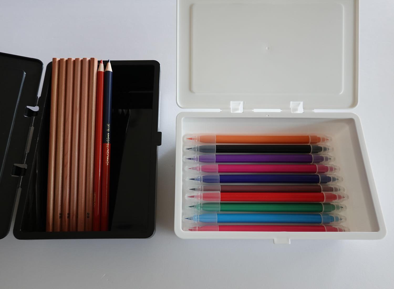フタがとまるケースの収納例写真